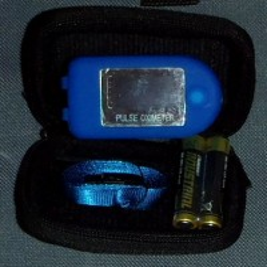 Pulsoxímetro QRM4000